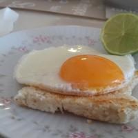 huevo a la plancha moldeado
