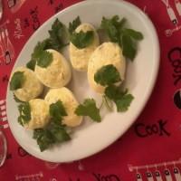 huevos rellenos alioli