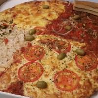 pizza gigante cuatro estaciones