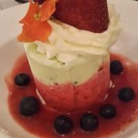 postre helado de frutilla y pistachio la Paris