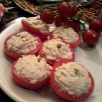 tomates rellenos de mousse de atún