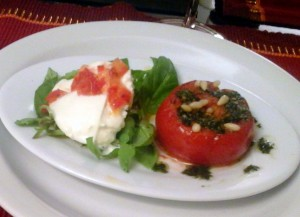 burrata con tomate confitado