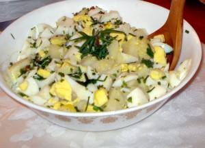 ensalada papa huevo y perejil